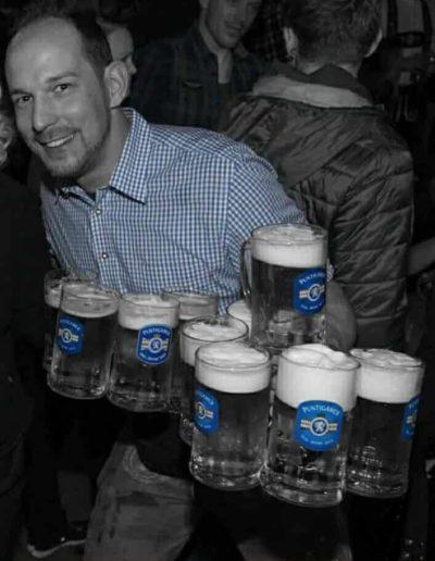 Florian Wieser Gläser tragen